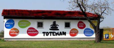 Toteman_budova